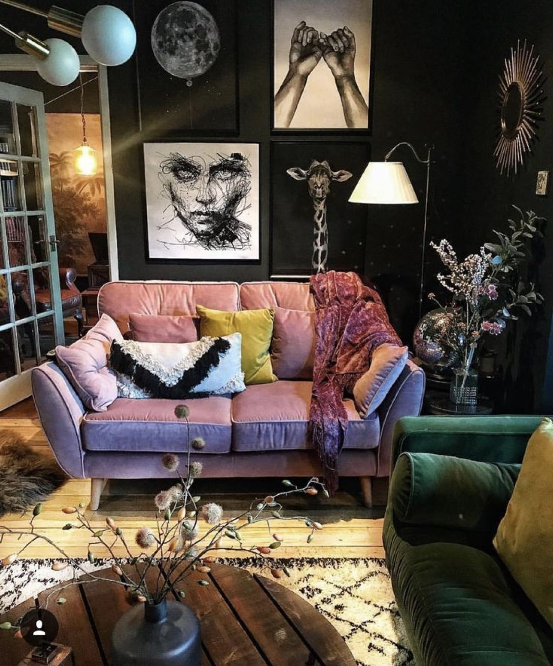 Pin By Li V21 On Aesthetic Ideas Rooms Eclectic Living Room Dark Eclectic Living Room Eclectic Living Room Design Living room aesthetic dark