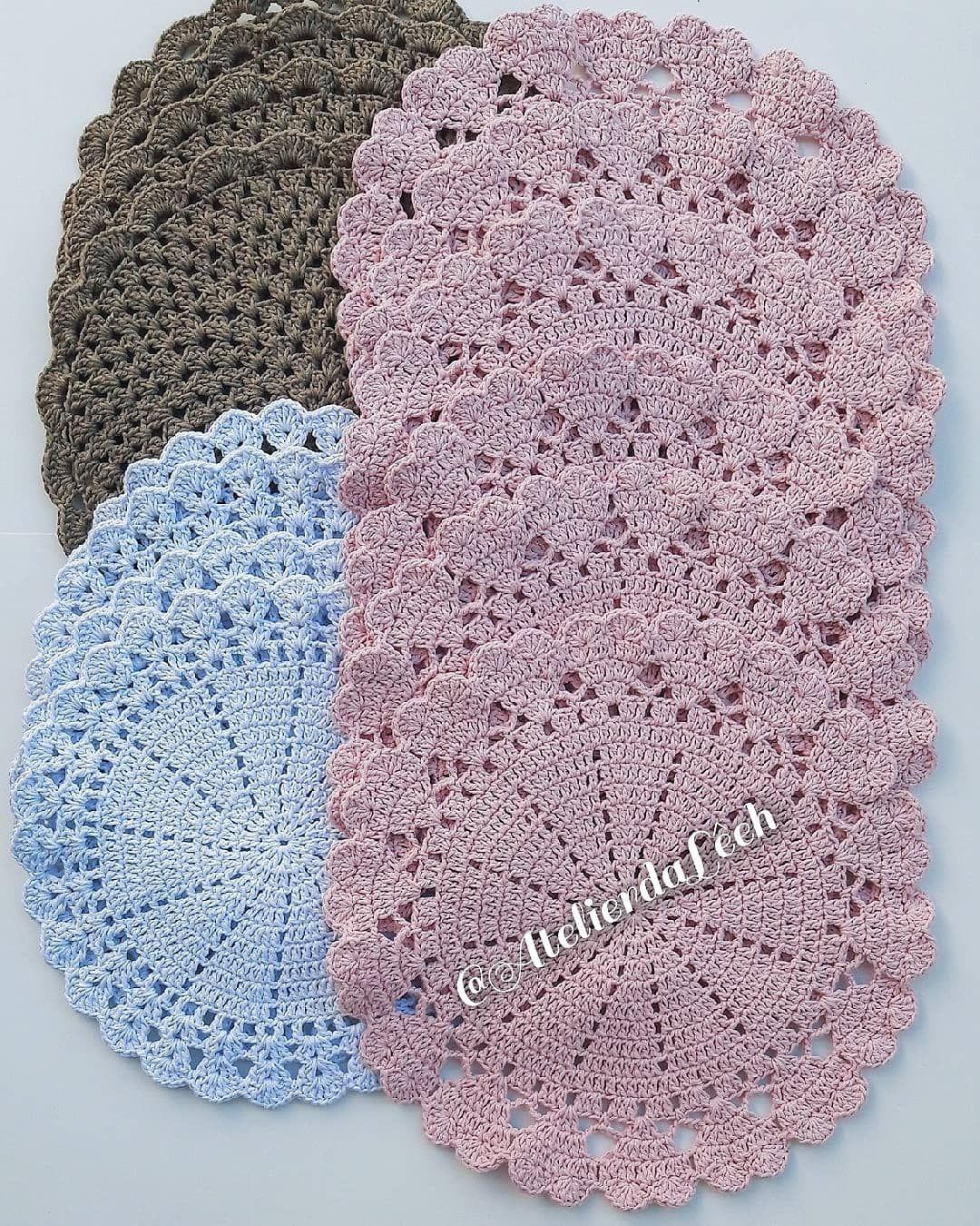 Bom Dia Escolha Linda Da Carol De Porto Alegre Rs Entre Em Contato Faca A Sua Encomenda Vendas Pelo Whatsap Crochet Crochet Blanket Crochet Hats
