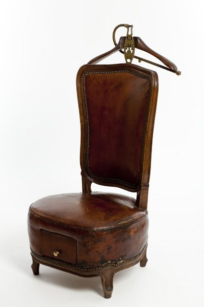 Antique Leather Valet Chair Bgd