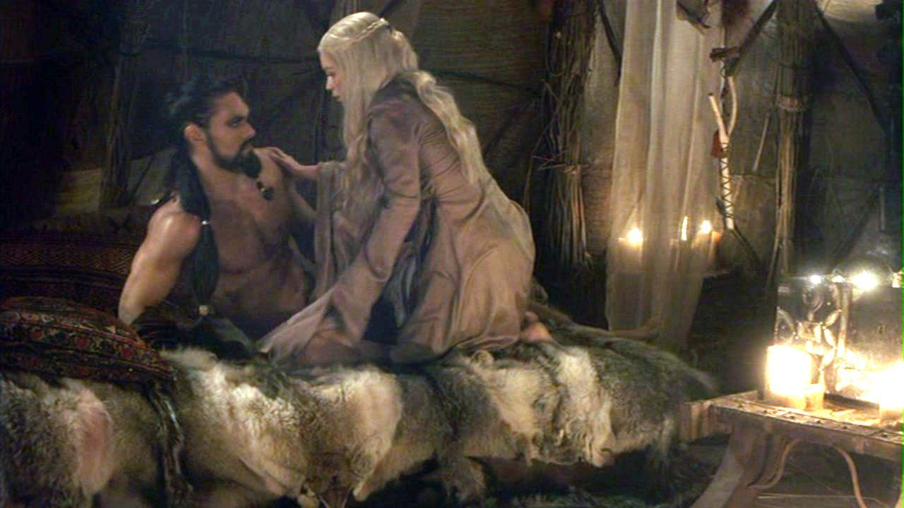 Of Thrones Fanfiction Which Starts On The Wedding Night Khal Drogo And Daenerys