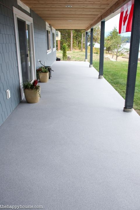 How To Transform An Old, Tired, Cracked Concrete Patio | The Happy Housie