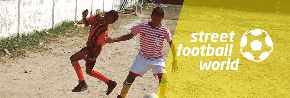 streetfootballworld apoya a #pasaelbalon el nuevo movimiento social.