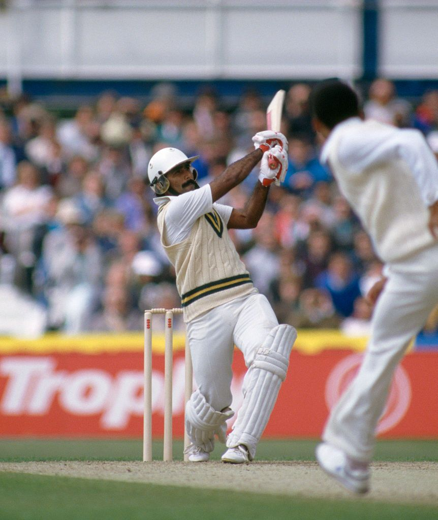 Javed Miandad Batting For Pakistan During His Innings Of 113 In The Pakistan Photo Sports Hero