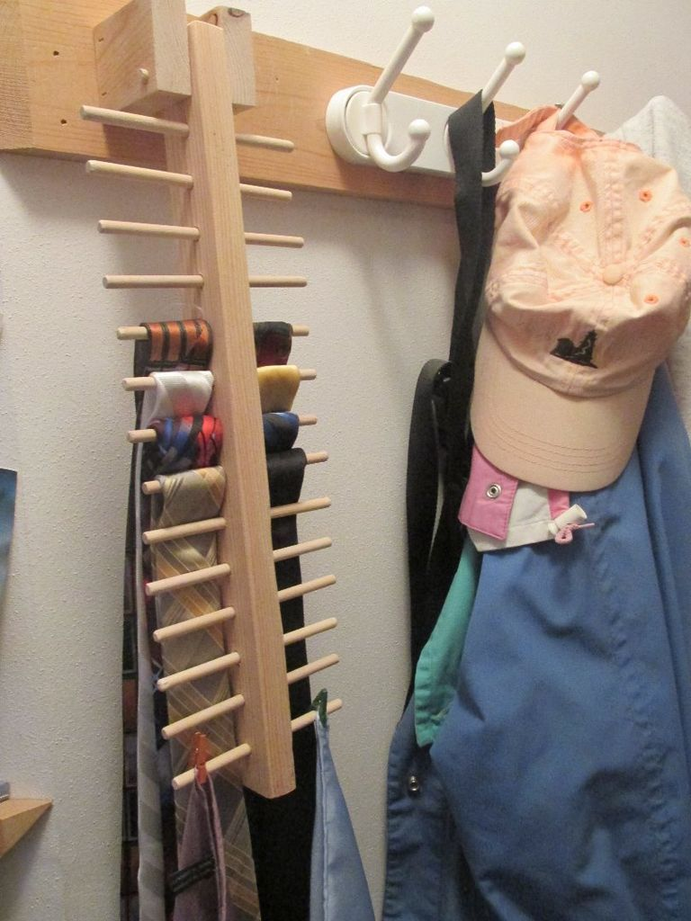 Space Saving Tie Rack Projects Tie Rack Scarf Rack