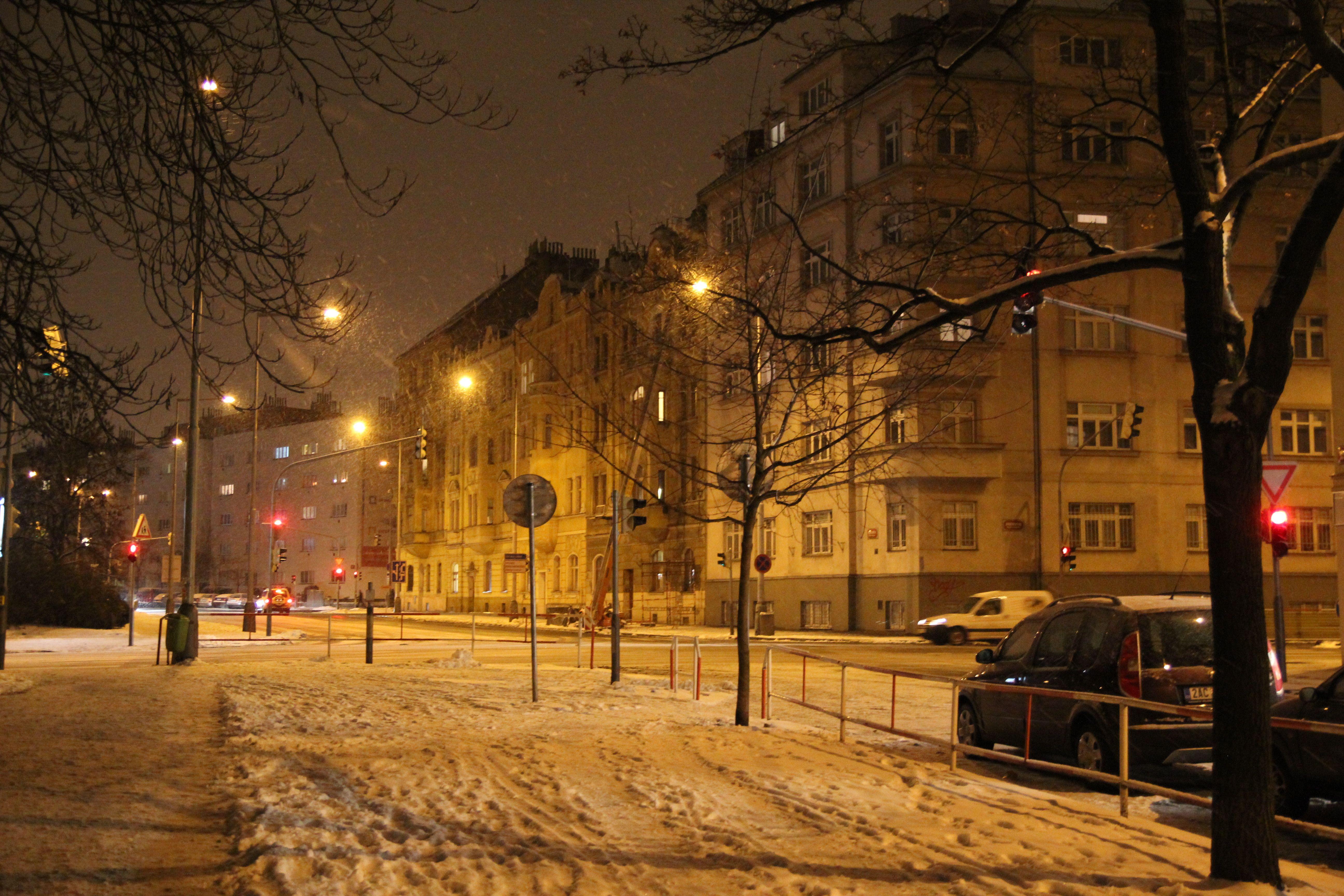 Romantic Winter Night Wallpapers Full Hd Click Wallpapers Winter City Best Cities Winter Vacation