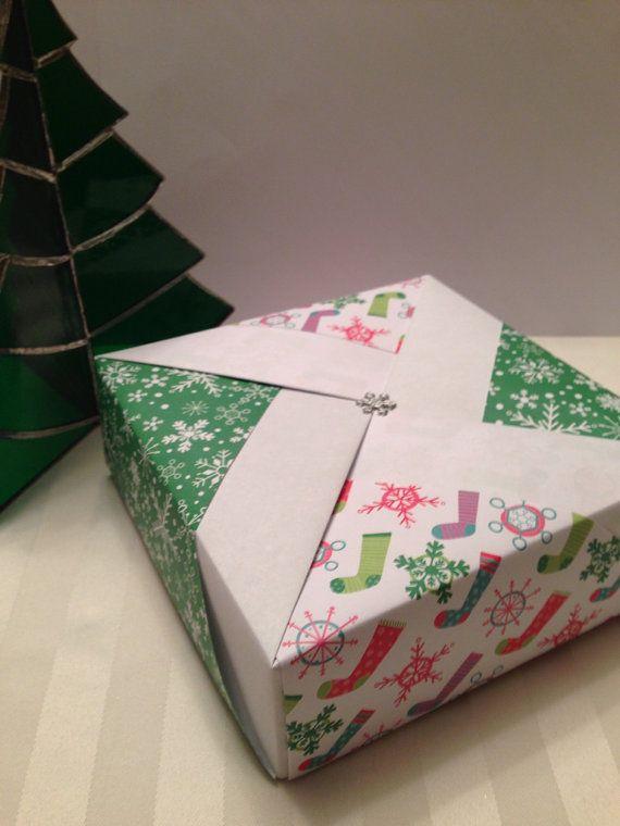 Origami Christmas Large Pinwheel Gift Box on Etsy, $6.00 | Origami ...