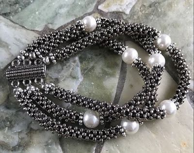 3 Easy Cubic Right Angle Weave Bracelet Tutorials