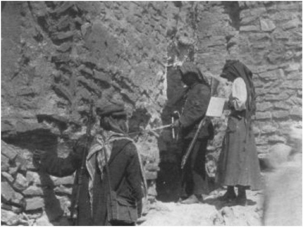 Baghdad Stalingrad >> Gertrude Bell At Ukhaidir 1911 Photograph Courtesy Of The Gertrude