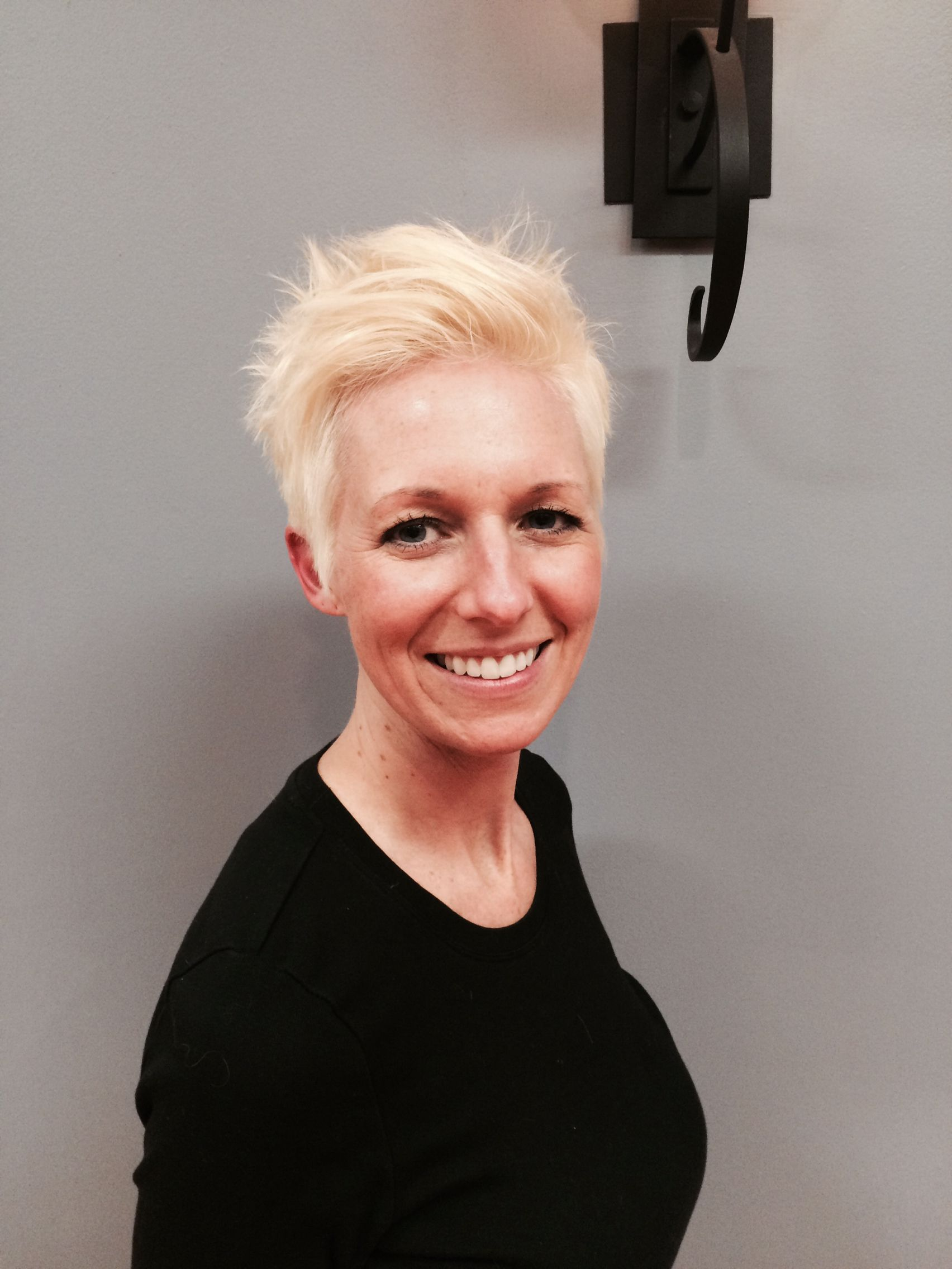 Texturized Blonde Pixie Haircut By Jen W At Avante Salon And Spa