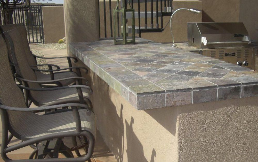 Here S A Built In Bbq With A Tile Countertop And Stucco Base
