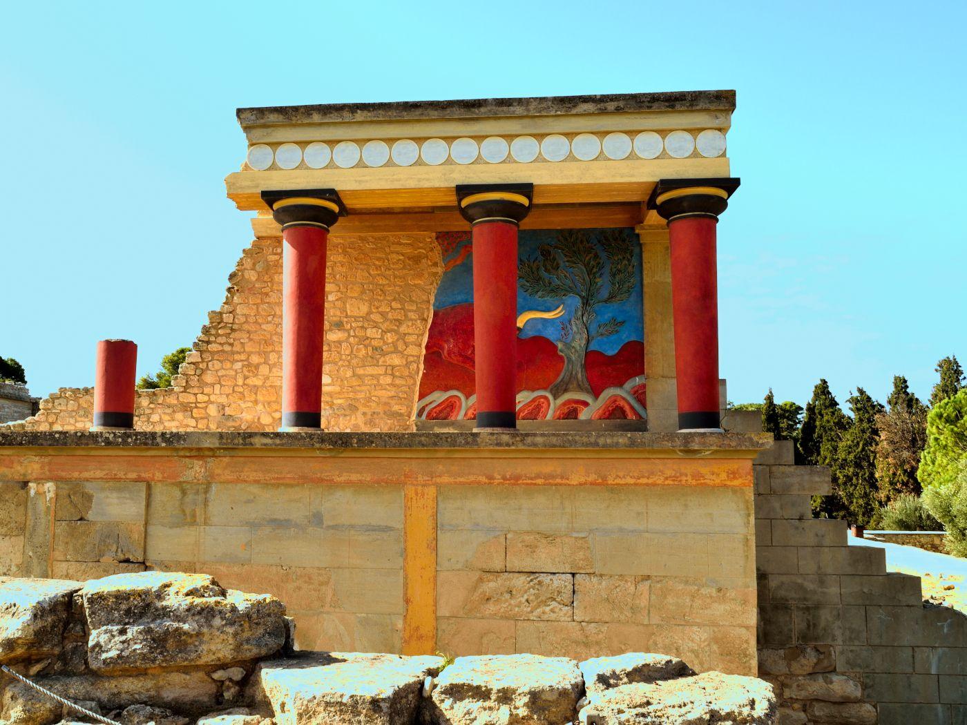 Minoan Columns Palace Of King Minos At Knossos Crete C 1700