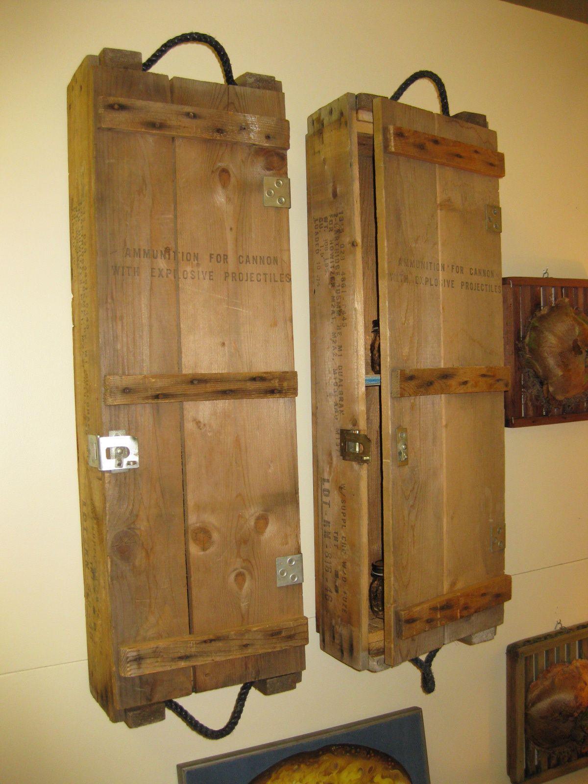 ammo cases turned into wall cabinets zuk nftige projekte pinterest holz ideen bett und. Black Bedroom Furniture Sets. Home Design Ideas