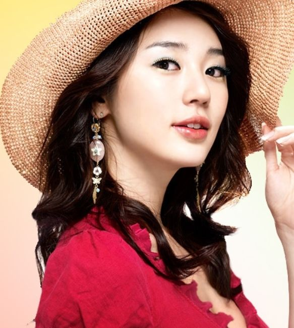 Top 10 Most Popular Korean Actresses In 2014 -2015