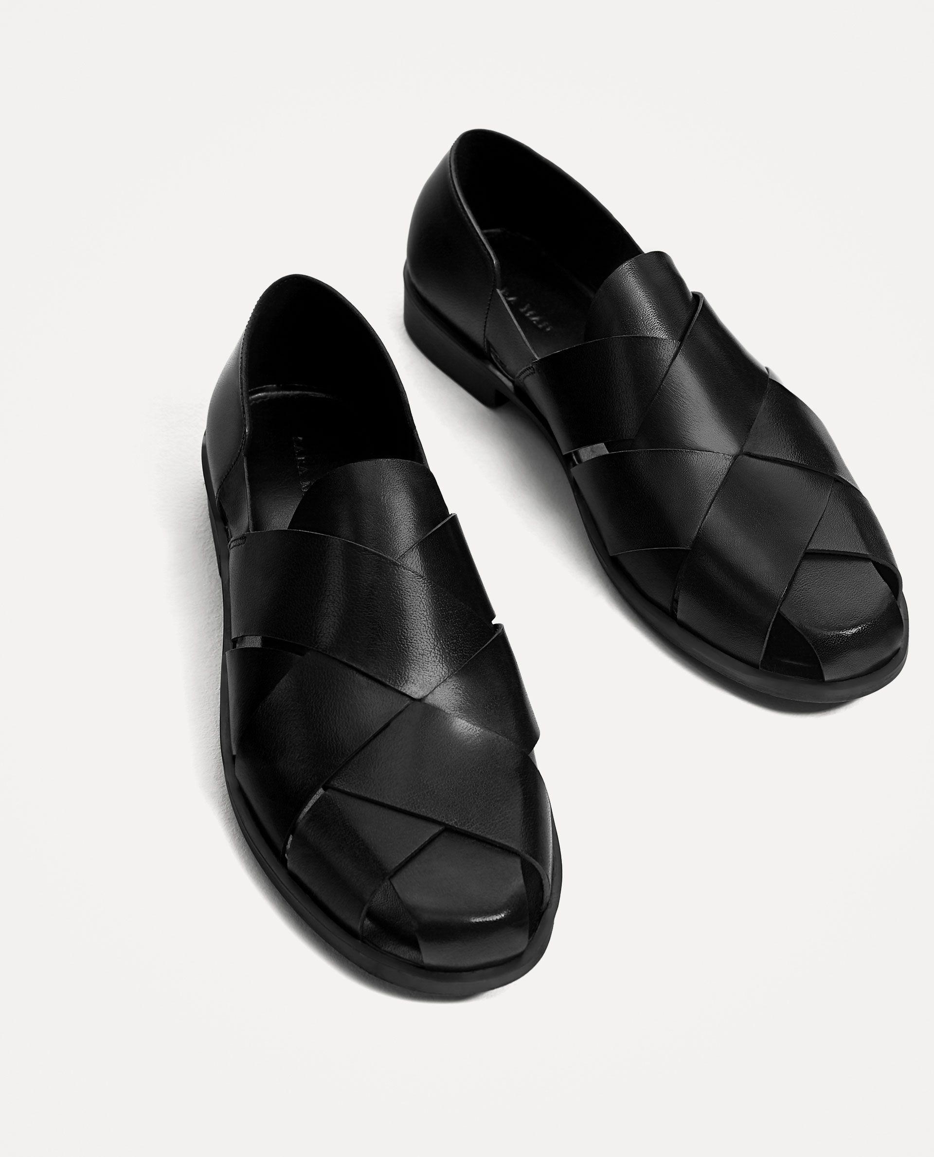 Image 1 of OPEN BLACK LEATHER SHOES WITH STRAPS from Zara