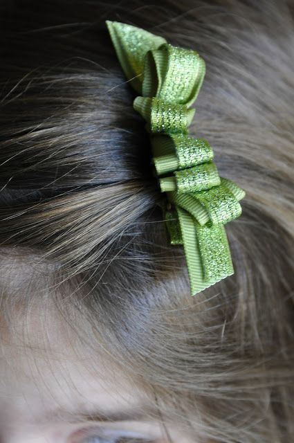 Dual Perspicacity: Looped Hair Bow Tutorial
