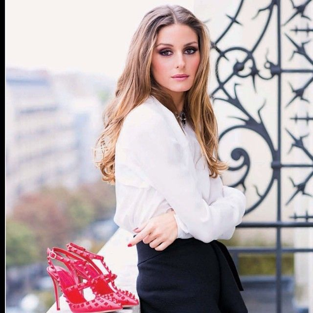Love everything about this look! Makeup to the #monochrome #outfit and the woman herself - Olivia Palermo #crush #Padgram