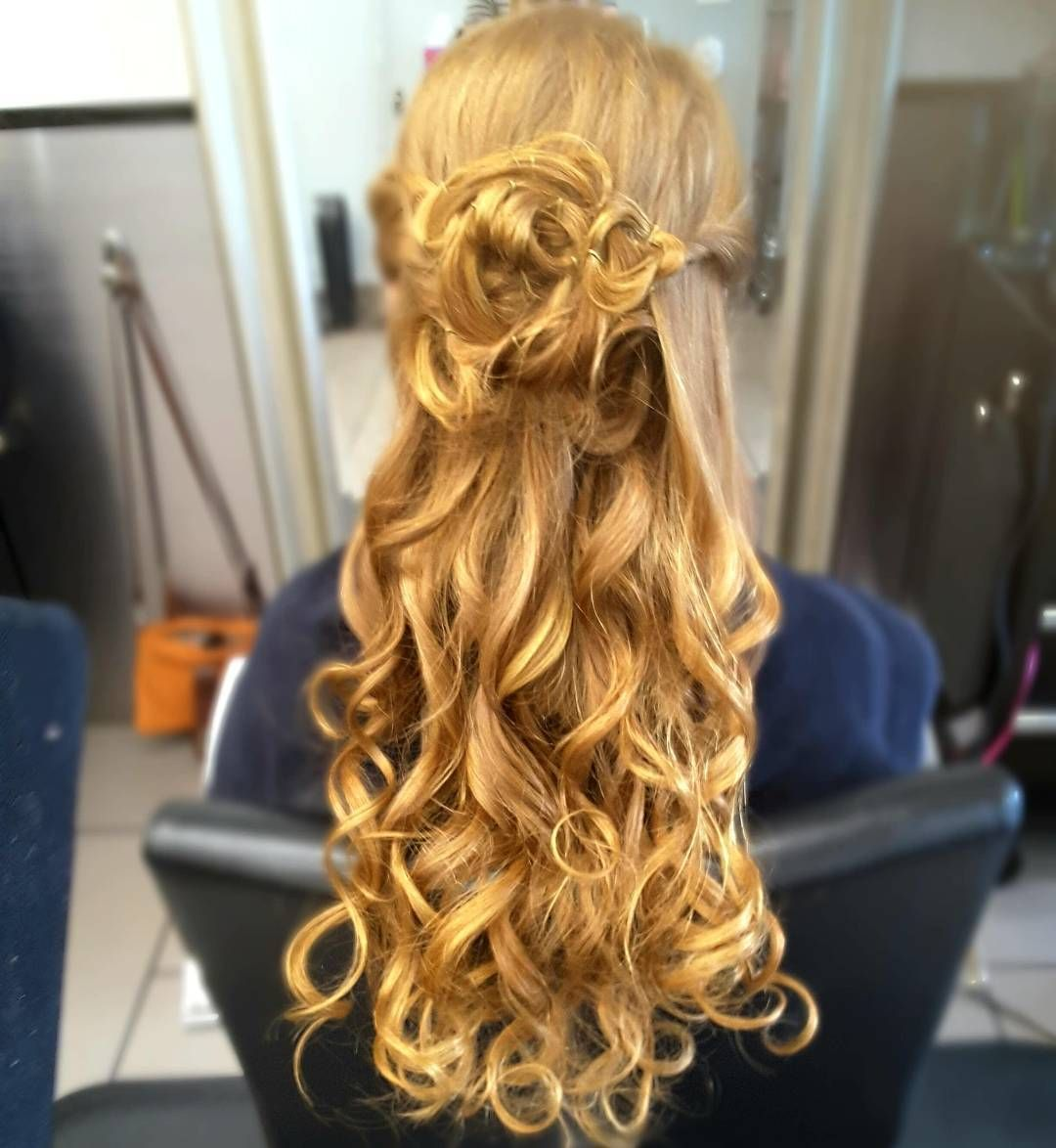 gorgeous half up half down hairstyles
