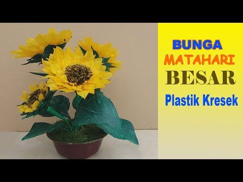 Easy Ways to Make Sunflowers From Plastic Crackles Youtube Plastic Crafts Sunflower Flowers