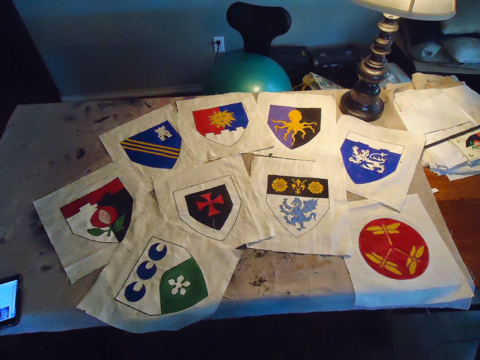 Mady's SCA Sewing Thingy: Heraldic Flags For Camp