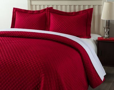Full//Queen Lotus Home Diamondesque Water and Stain Resistant Microfiber Quilt Red