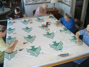 Three Mennonite Quilting Sisters: Tree of Life & Possum Town Quilters