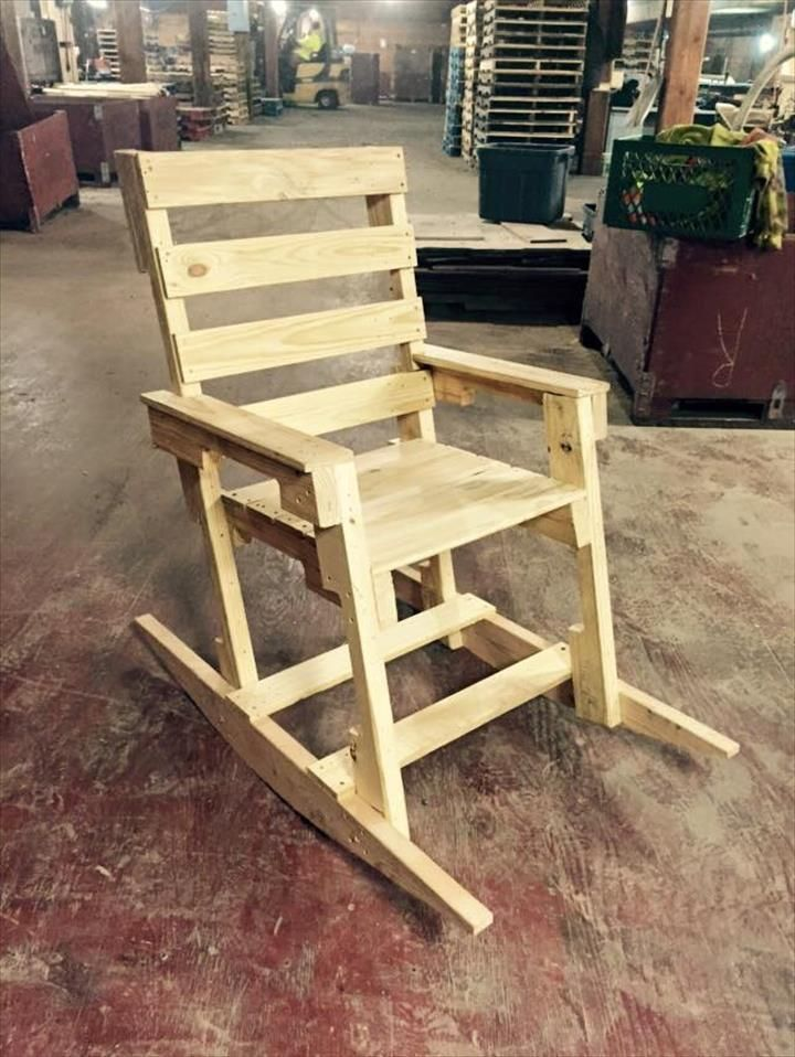 DIY Wooden Pallet Rocking Chair Design Is A Remarkable Strategy To Modern  Creative Innovation And Ideas And The Whole Design Access Very Amazing  Strategy To ...