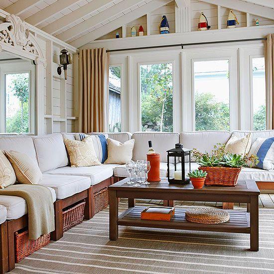 25 Farmhouse Sunrooms You Will Never Want To Leave Sunroom Decorating Rustic Farmhouse Living Room Sunroom Designs