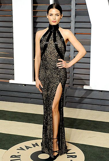 Jenna Dewan Tatum went from her white Oscars dress to an illusion mesh LBD by Zuhair Murad for the afterparty. She teamed the sexy style with Lorraine Schwartz jewels and black sandals by Stuart Weitzman.