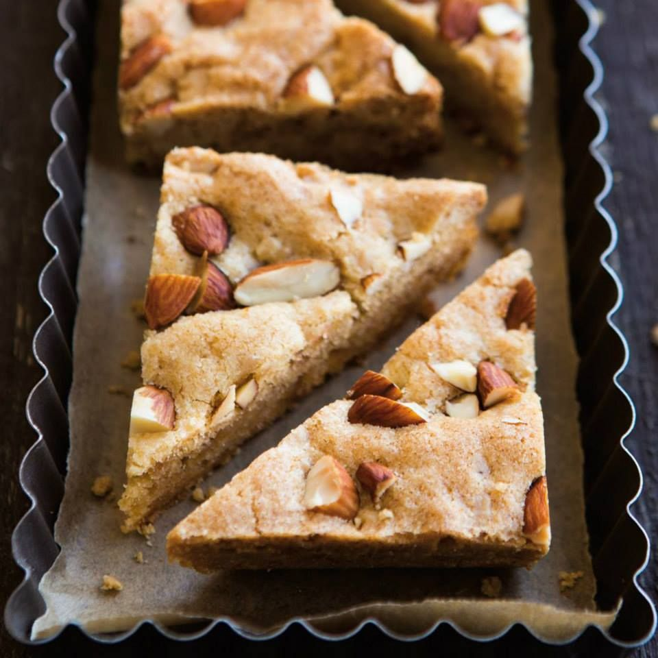 Deser williams pictures to pin on pinterest - Crunchy Toffee Triangles Williams Sonoma Dessert Of The Day Cookbook