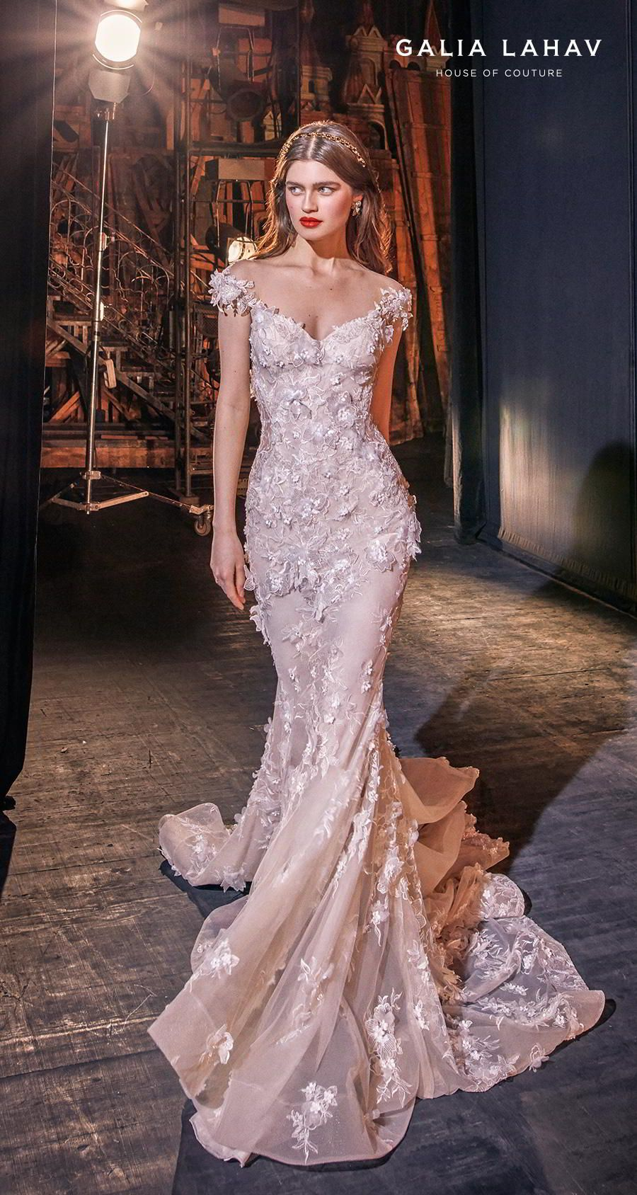 Steal The Show With Galia Lahav Spring 2020 Wedding Dresses Make A Scene Couture Bridal Collection Wedding Inspirasi Bridal Dresses Sweetheart Wedding Dress Bridal Couture