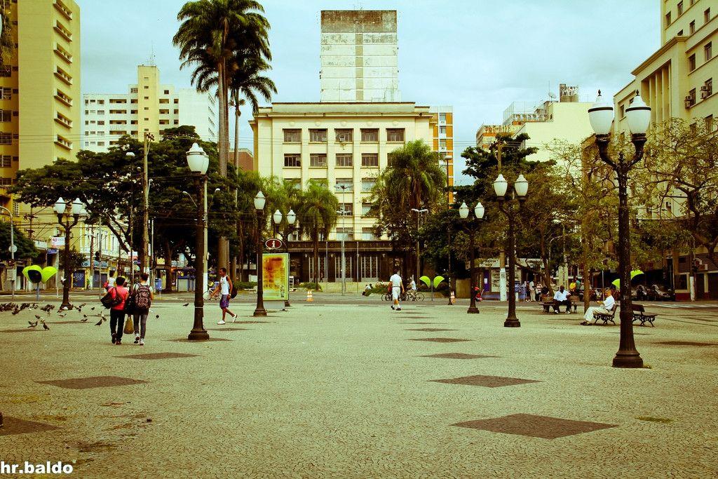 Palácio da Justiça visto do Largo do Rosário