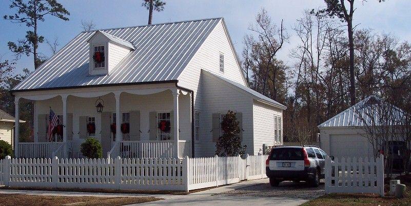 5 V Crimp 5 Vcrimp V Crimp 26 Gauge Galvalume 5 Vcrimp 26 Gauge Galvalume 5 V Crimp Galvalume 5 V Crimp Galval House Exterior Metal Roof Houses House Roof