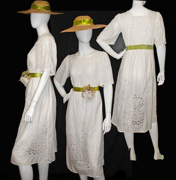 Vintage White Eyelet Broderie Anglaise Dress Square Neck Mid