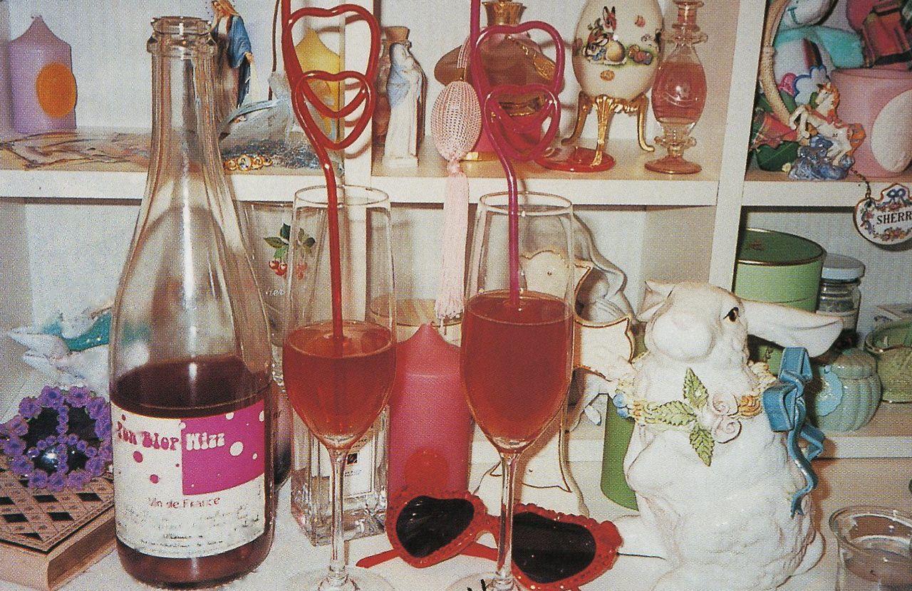 Hearty Heart Pink Drinks Wine Bottle Rose Wine Bottle