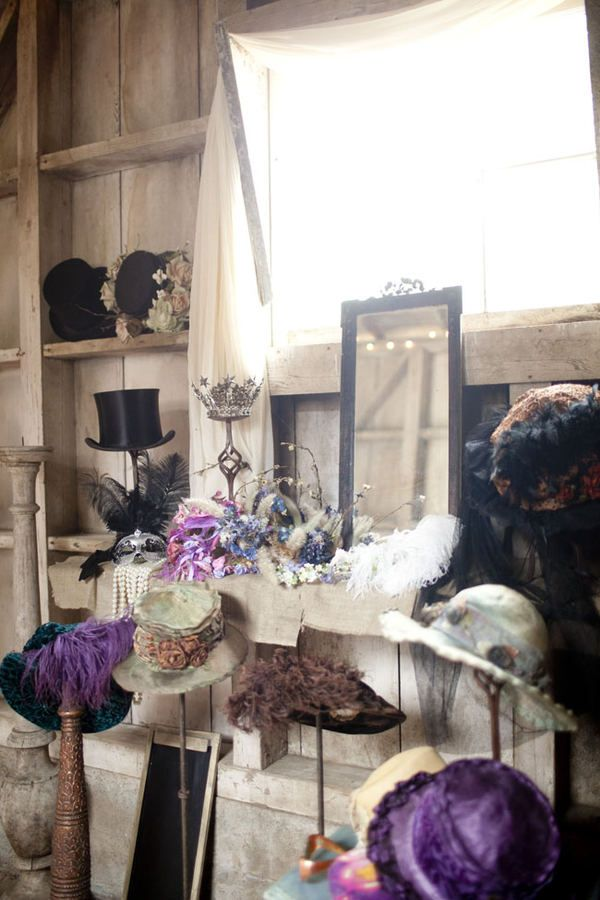 Now THESE hats would be fun props in a wedding photobooth ;)