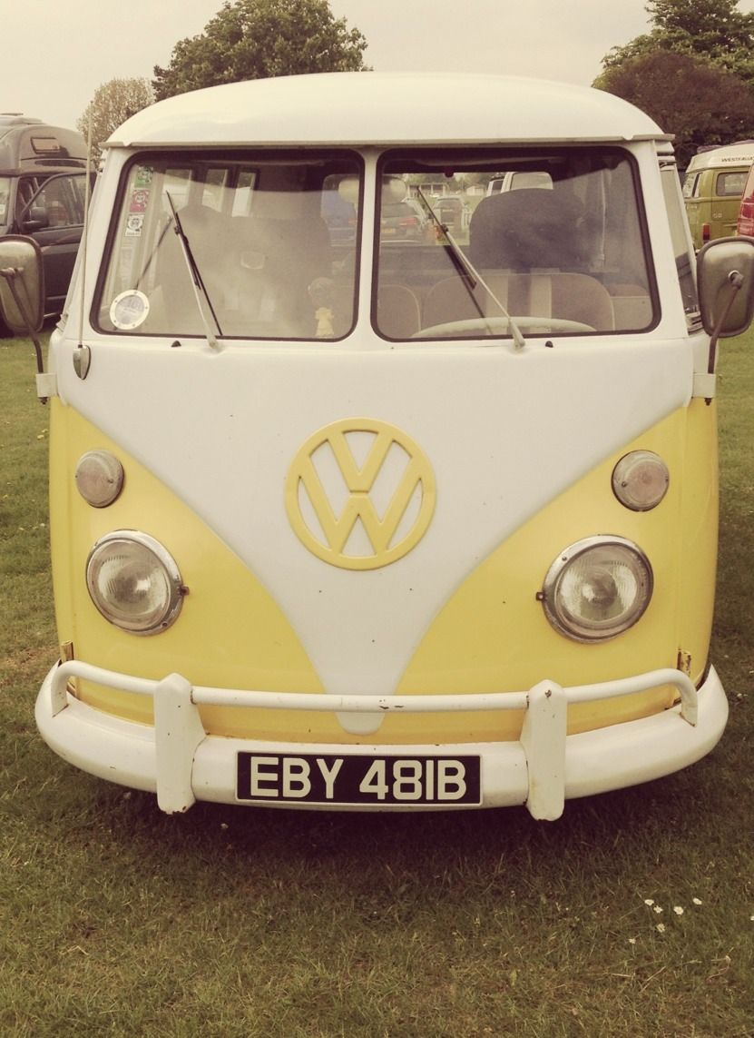 86a8738ded Volkswagen Van... I love this car   I would love to have one!..Re ...