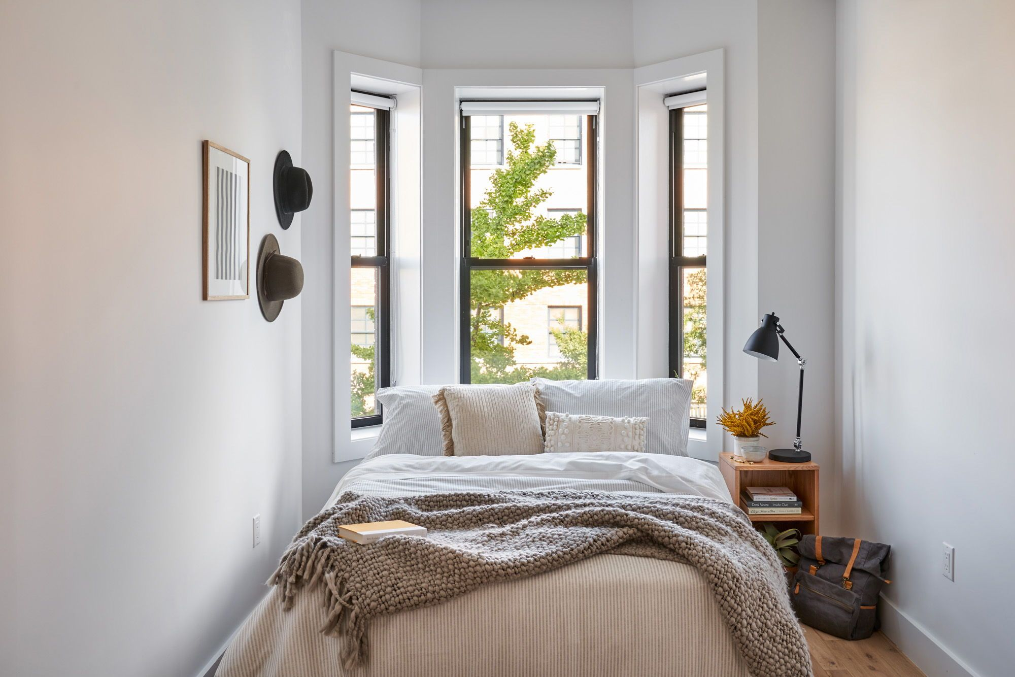 Common Dean Beautifully decorated apartment bedroom in