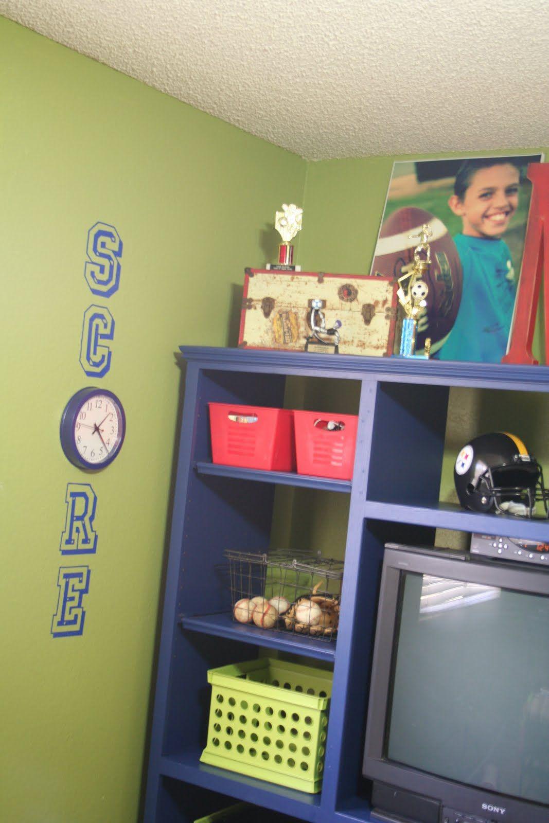 Cute idea for a boys football room devons room pinterest boys