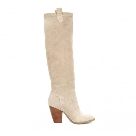 Can't wait for fall boots and pumpkin spice lattes! Love the heel on this taupe pair!