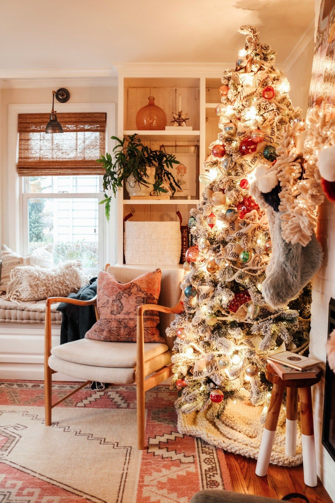 vintage christmas living room