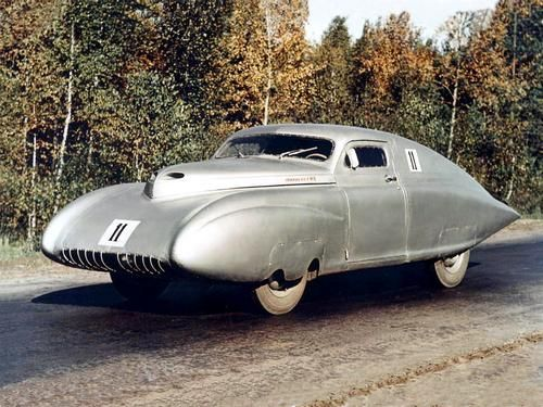 1950 S Russian Pobeda Sport A Soviet Era Attempt At A Sports Car Equals A Fine Candidate For Ugliest Car Ever Coches Retro Automovil Conceptual Coches Unicos