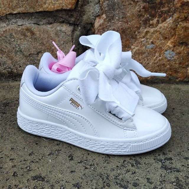 Puma Basket Heart Patent Leather Sneaker(画像あり