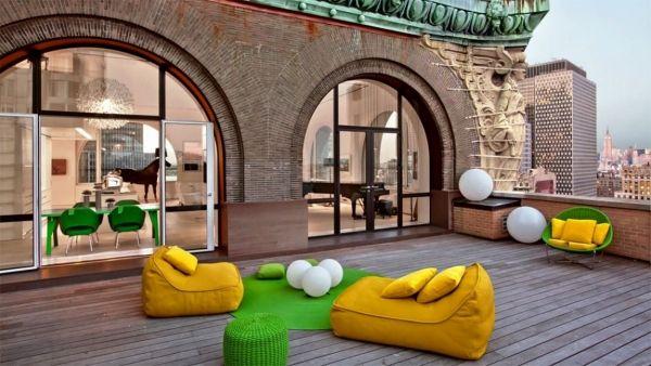 Schon Dachterrasse Bunte Möbel Vieretagen Moderne Dachwohnung In New York