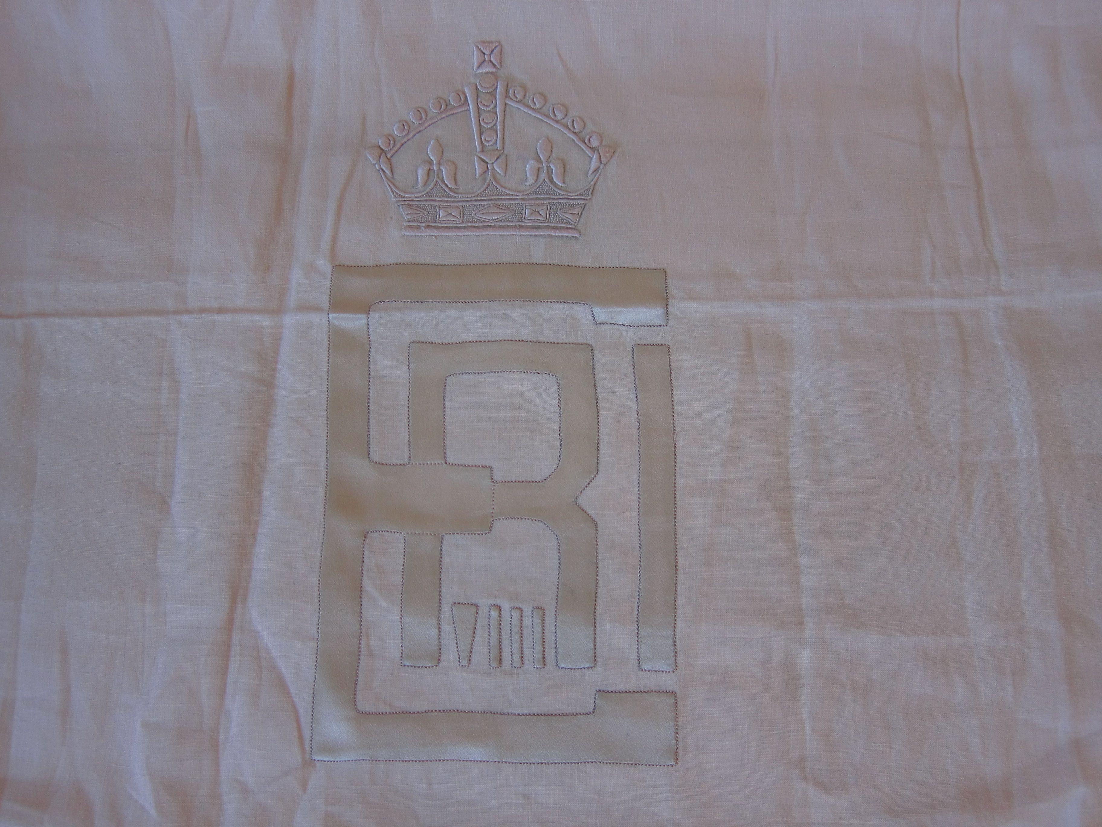 application de soie et broderie blanche  crée par Porthault pour Edourd VIII, duc de windsor