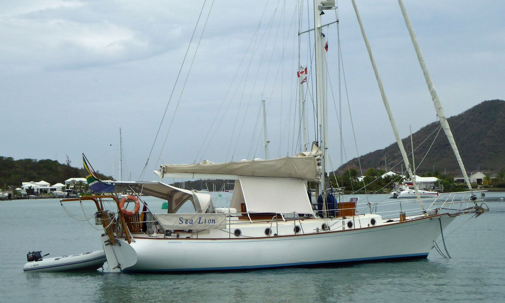 Popular Cruising Yachts from 35 to 40 feet (10 7m to 12 2m) Length