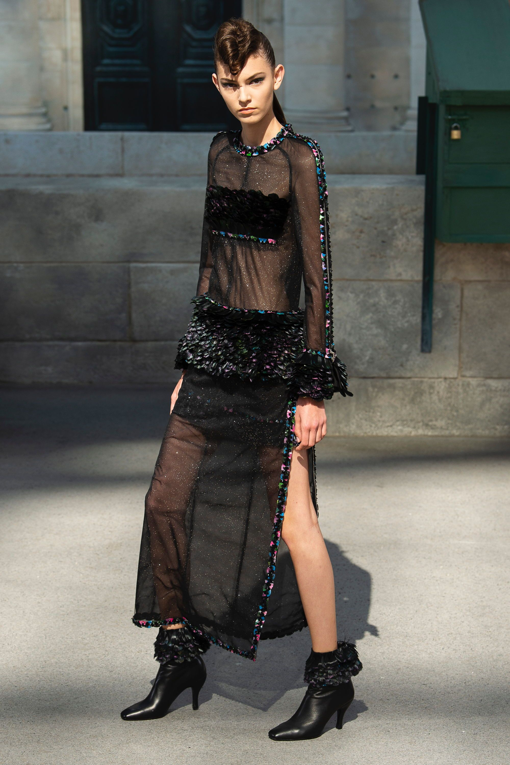 d91cb171e13d Chanel in 2019   clothes   Pinterest   Chanel, Couture and Couture ...