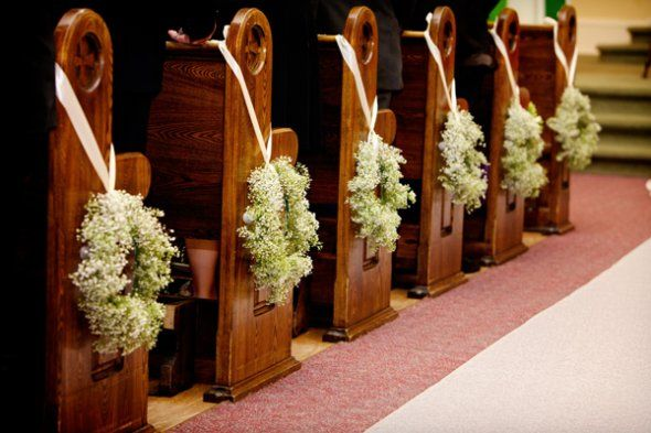 Baby Breath Crowns Hanged On The Bunches Church Aisle Decorations Church Wedding Decorations Aisle Christmas Wedding Decorations