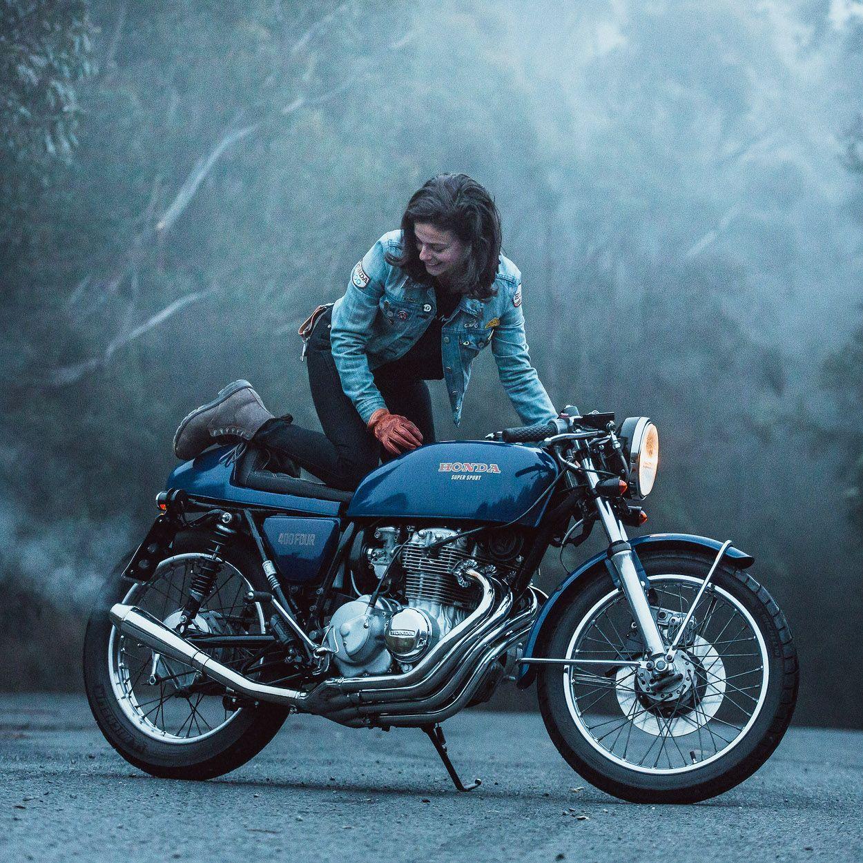 Katie Abdilla S Honda Cb400f Restomod Billie Classic Motorcycles Motorcycle Helmets Vintage Cafe Racer Girl
