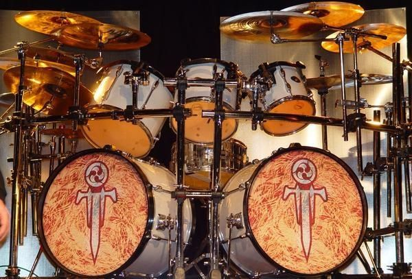 Trivium Drum Kit Drum kits Drummer Drums