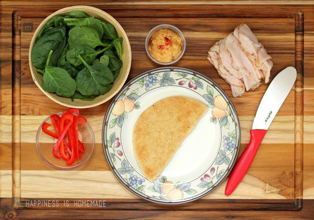 Oscar Mayer Deli Fresh Bold Italian Turkey Pita with Red Pepper Hummus #DeliFreshBOLD #spon
